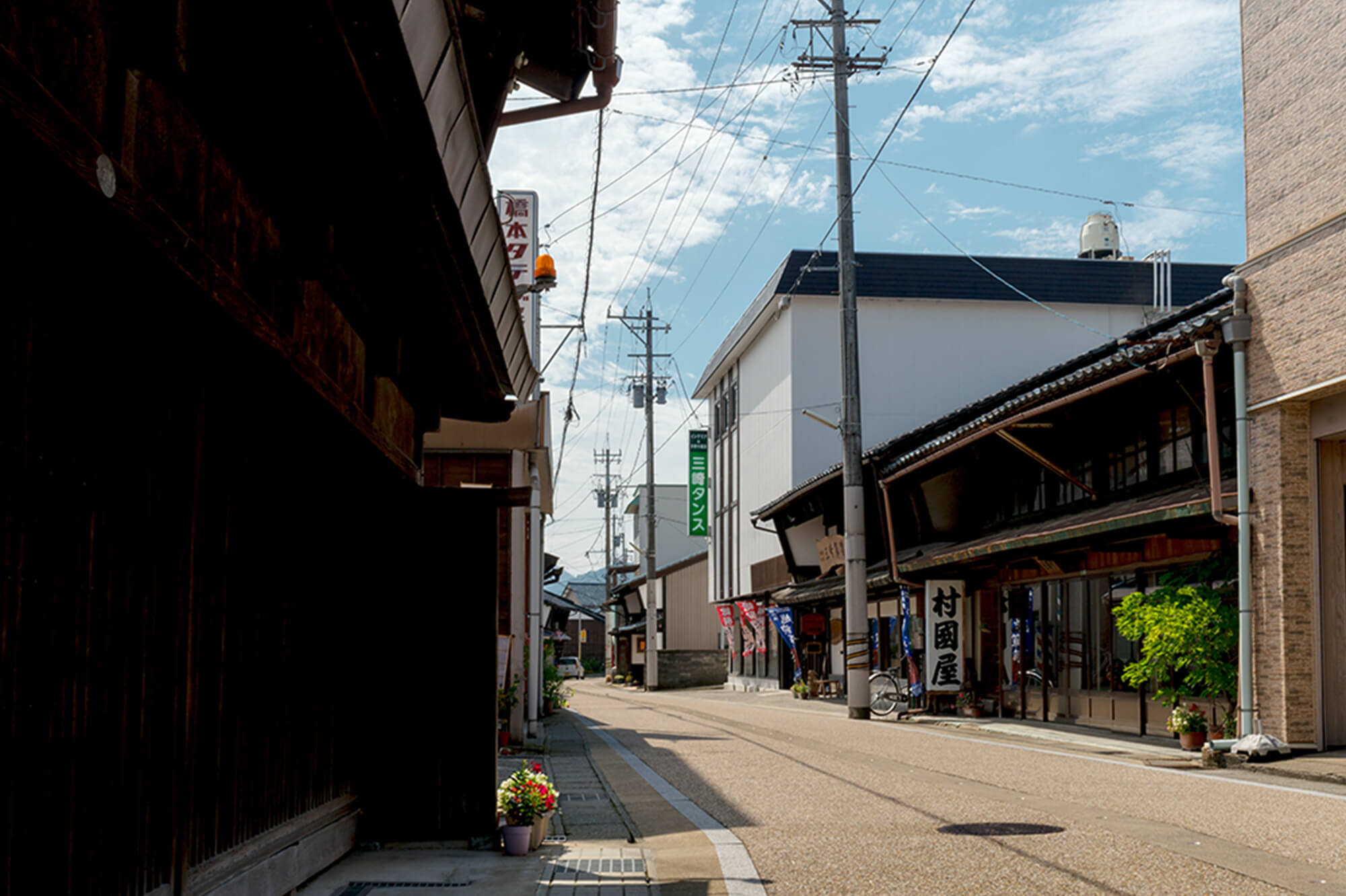 タンス町通り・陽願寺
